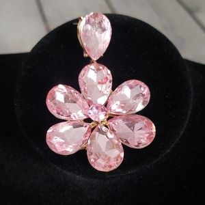 VINTAGE PINK FLOWER COSTUME EARRINGS